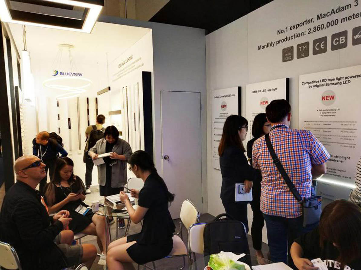 Blueview new linear lighting products get customers approval in Hong Kong International Lighting Fair