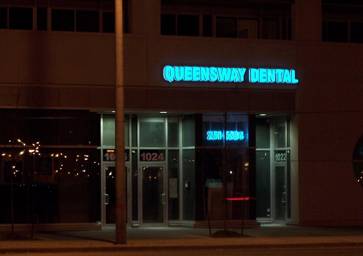 Canada  Queensway Dental